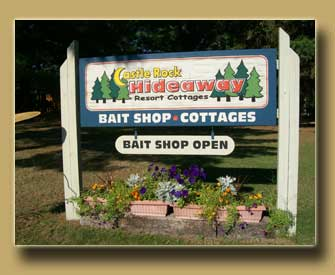 Castle Rock Hideaway Sign